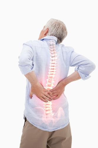 symptome von Rückenschmerzen Mann