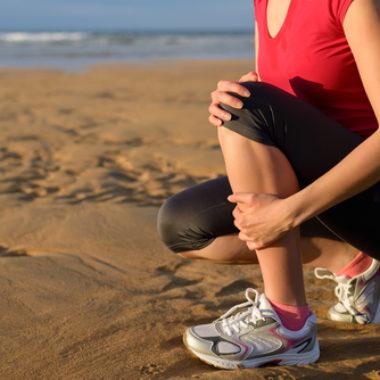 juckendes Schienbein - Ursachen und Therapie