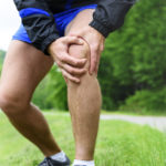 Distorsion - Knie verdreht - Symptome, Therapie, Folgen