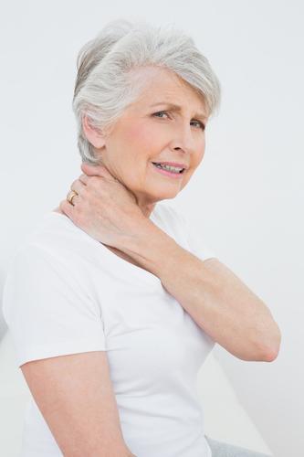 Knirschen im Nacken – was bedeutet das
