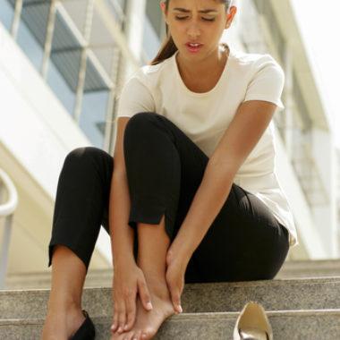 Schmerzen im Fuß – Ursachen und Behandlung