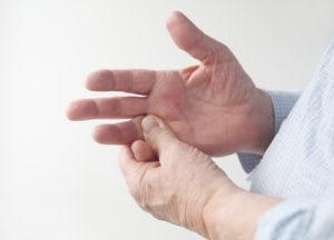 Dorsalzyste – Behandlung und Therapie