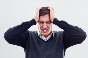 Plötzlich starke Kopfschmerzen – was tun?