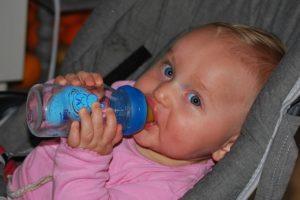 Häufiges Verschlucken – Ursachen, Diagnostik und Behandlung