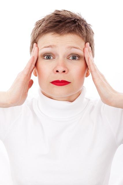 Andauernde Kopfschmerzen hinter den Augen – welche Ursachen gibt es?