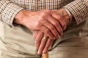 Parkinson Test – Erste Anzeichen, die auf Parkinson hindeuten können