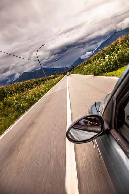 Schwindel beim Autofahren – welche Symptome gibt es und was hilft?
