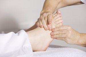 Stechen im Fuß – Ursachen, Symptome und Behandlung