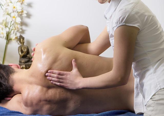 Nacken verrenkt – Was tun gegen die Nackenschmerzen?