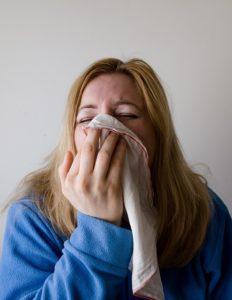 Geschwollenes Gesicht – Ursachen und mögliche Auswirkungen