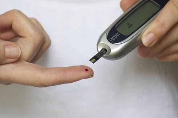 Hypoglykämischer Schock – Merkmale, Ursachen und Behandlung