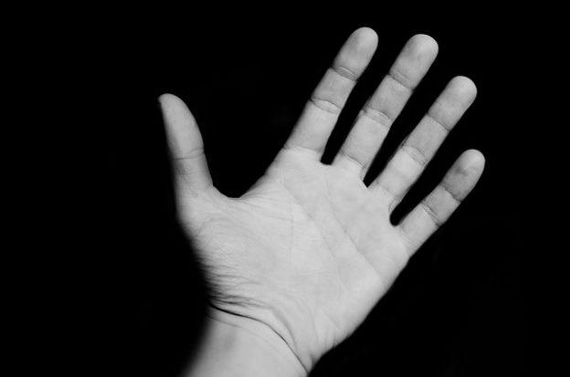 Taube Finger – Behandlung und mögliche Ursachen