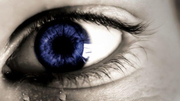 Tränendrüsenentzündung – Ursachen, Behandlung und Diagnose