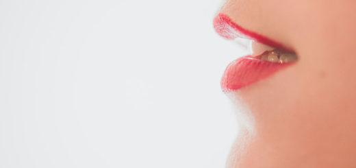 Mund mit erhöhtem Speichelfluss