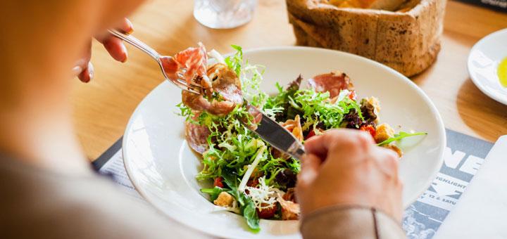 Bessere Ernährung als Salat gegen Übergewicht